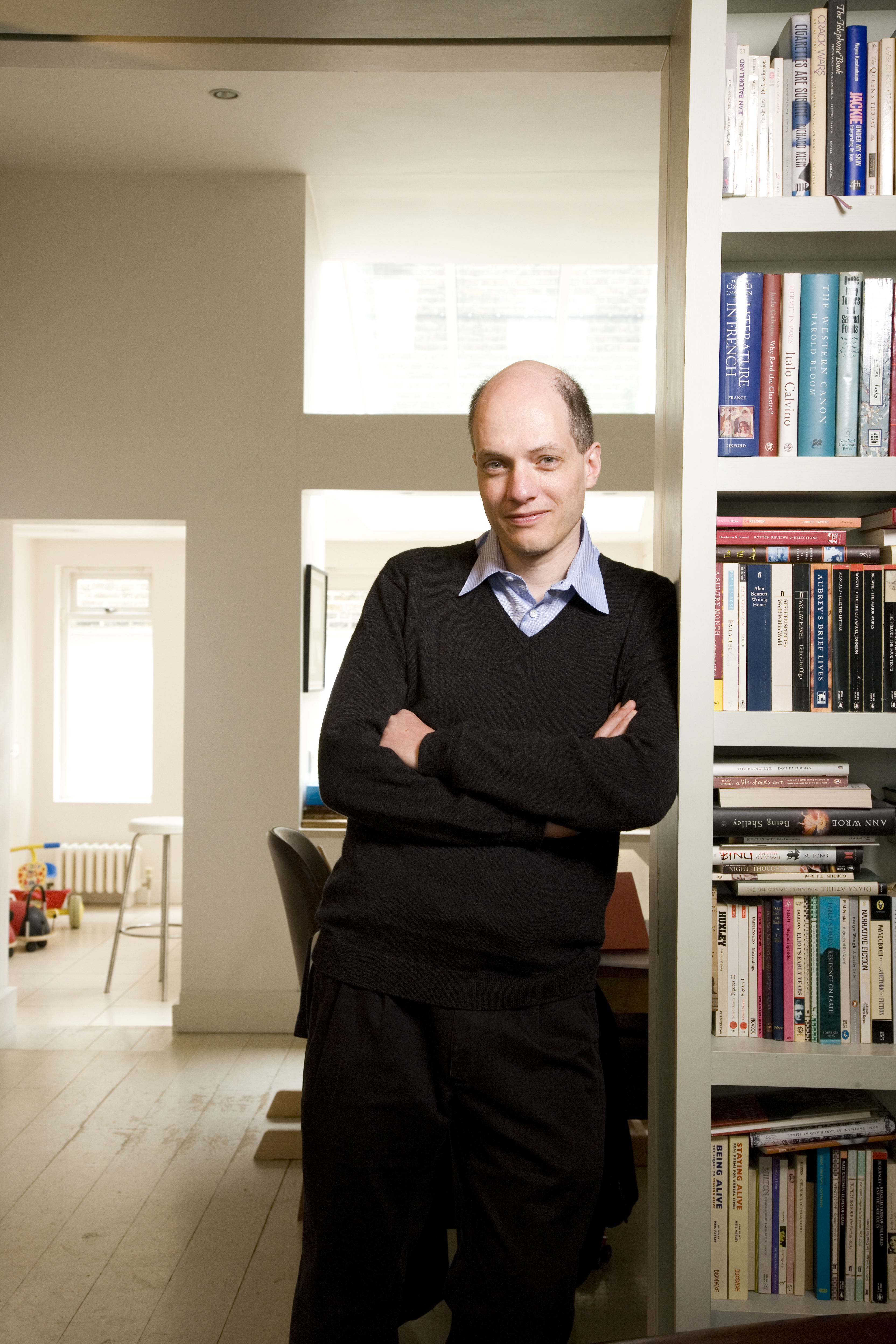 alain de botton humorists Home article alain de botton humorists essays and enquiry document alain de botton humorists essays and enquiry document posted on february 7, 2017 by admin the prose slice, osculate and secern by alaindebotton offers the referee a humourous, likewise as mortifying.